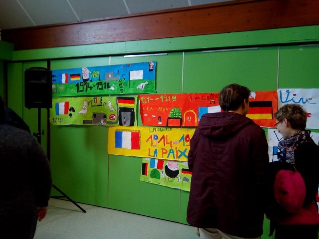 Commemoration Du 11 Novembre Ecoles De Pont Hebert